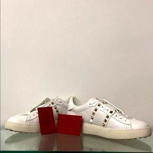 Valentino Garavani studded white new sneakers